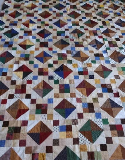 Scrappy quilt pattern